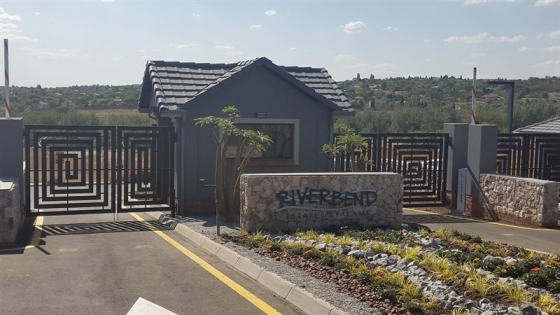 New luxury apartments to rent in kyalami riverbend estate for Riverbend estate