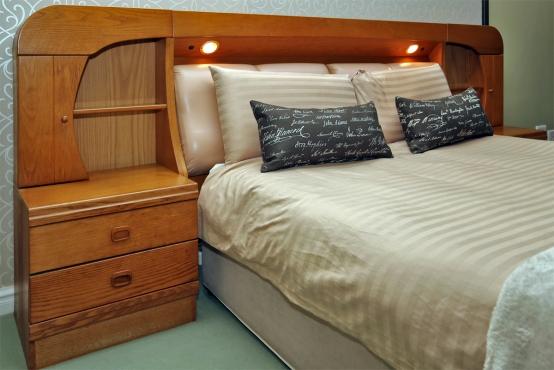 Light Oak Queen Size Bedroom Suite Umhlanga Bedroom Furniture 63144480 Junk Mail Classifieds