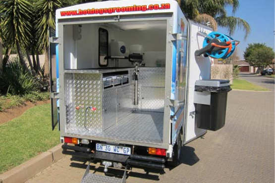 Mobile Dog Grooming Units For Sale