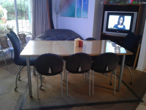 Dining table and 8 chairs milnerton diningroom for Kitchen tables cape town