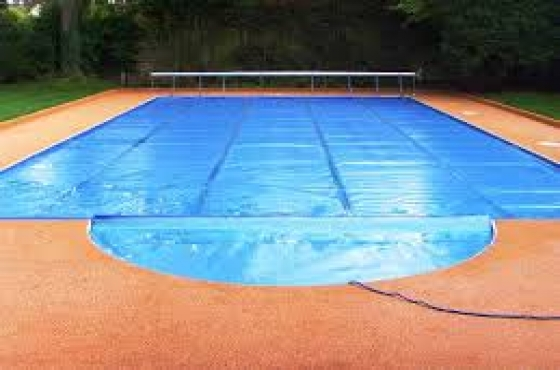 Quality Bubble Blankets And Pvc Covers For Pools And