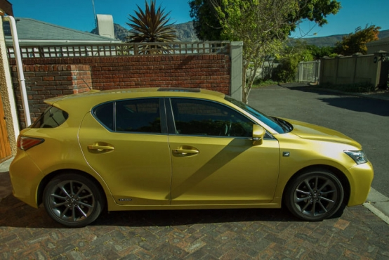 lexus ct200h f sport hatchback lexus 63527592 junk mail classifieds. Black Bedroom Furniture Sets. Home Design Ideas