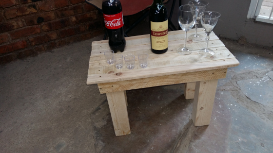 Pallet wood coffee table east rand other furniture for Coffee tables johannesburg