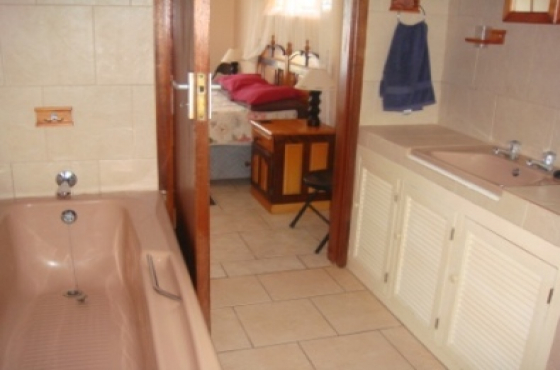 bathroom cabinets kzn