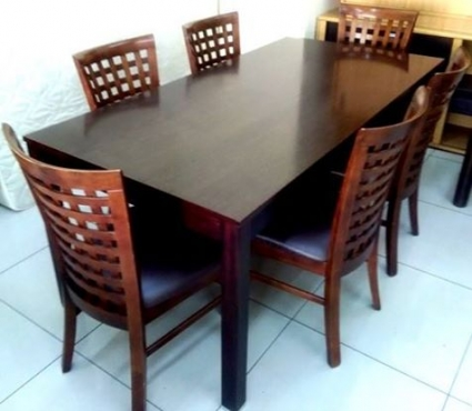 Coricraft dining set table with 6 x chairs for Dining room tables cape town