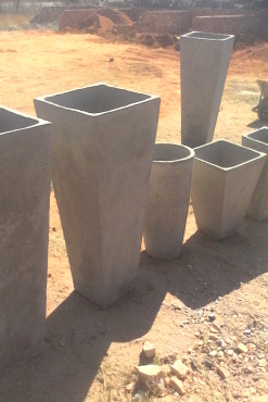 Garden flower pots pretoria east garden furniture for Landscaping rocks for sale johannesburg