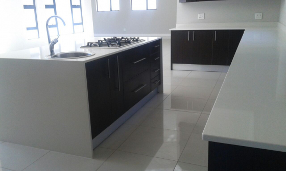 Affordable quality granite marble kitchen tops for Cheap kitchens johannesburg
