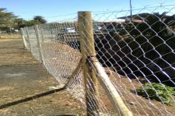 Diamond Mesh Wire Fencing And Clear View Fence 0786089377