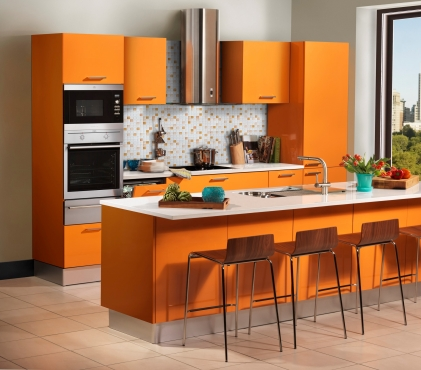 Kitchen built in cupboards with installation interior for Kitchen installers cape town