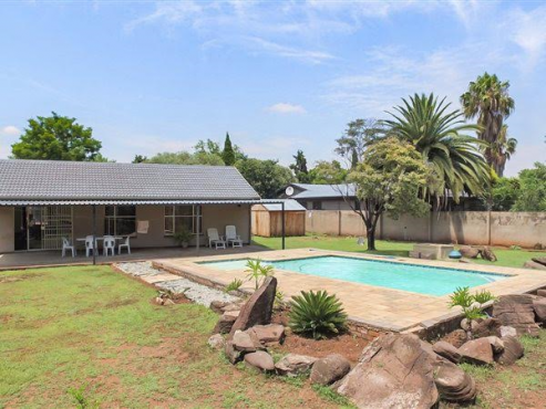 3 bedroom house for sale in eldoraigne x18 security village centurion centurion houses for