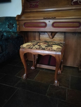 Antique chairs benches and table for sale pretoria east for Sofas and couches for sale in pretoria