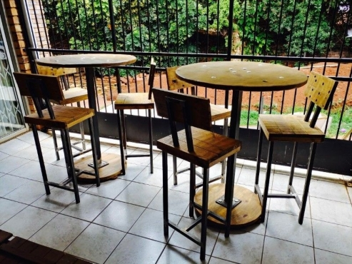 2 cocktail tables chairs sets pretoria east bar for Cocktail tables for sale in kzn