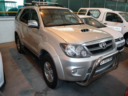 7 Seater 2008 Toyota Fortuner 3 0l D 4d Raised Body