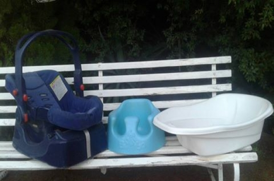 baby bath for sale baby accessories 65242040 junk mail classifieds. Black Bedroom Furniture Sets. Home Design Ideas