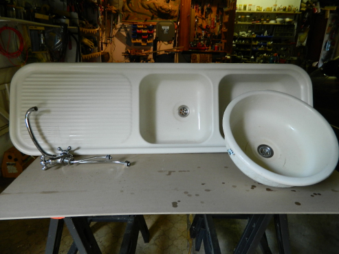 Kitchen wash basin set randburg sanitary ware for Kitchen basins cape town
