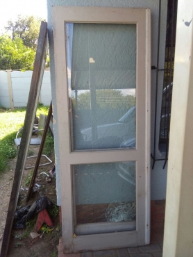 Selling 2 french style glass doors n 2 french style for Narrow windows for sale
