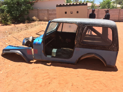 Jeep fibreglass body and canopy for sale