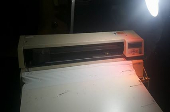 Roland Camm 1000a Vinyl Cutter Computer Hardware And