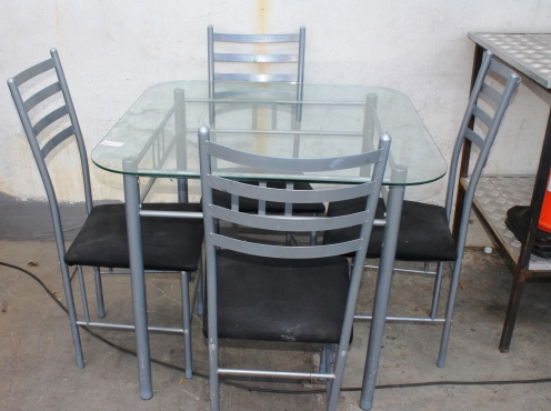 5 piece kitchen set s022572b rosettenvillepawnshop for Kitchen furniture johannesburg