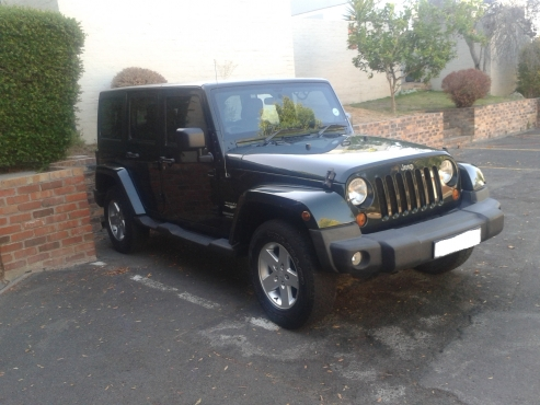 2011 jeep wrangler sahara unlimited 4 door northern suburbs jeep 65341028 junk mail. Black Bedroom Furniture Sets. Home Design Ideas