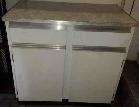 Steel kitchen cabinet east rand kitchen furniture for Kitchen cabinets gauteng