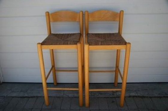 6 Beach wood Bar Stools Height from back to floor 95 Height from seat to floor 70