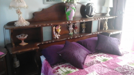 Bedroom suite somerset west antique furniture for Affordable bedroom furniture in cape town