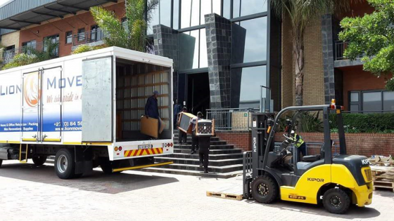 Furniture removal and storage services roodepoort for Furniture removal