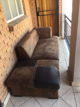 Second Hand Couches With Pillows For Sale | Midrand | Lounge Furniture |  65135580 | Junk