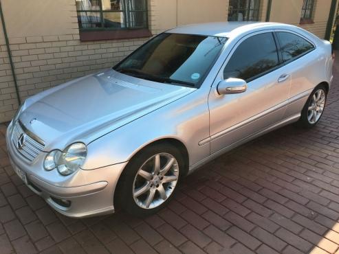 2006 mercedes c230 1 8 kompressor or swop moot for Mercedes benz c230 kompressor 2006
