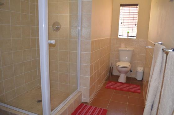 10 Bedroom, 8 Bathroom House for sale