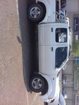 2003 Nissan hardbody 3.3 v6 d/c