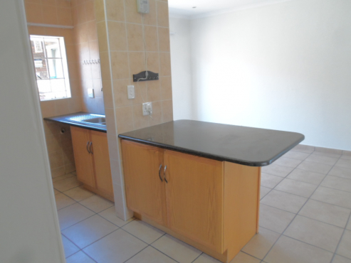 Second Hand Built In Kitchen Cupboards For Sale