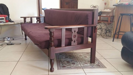 Antieke stoel en bank