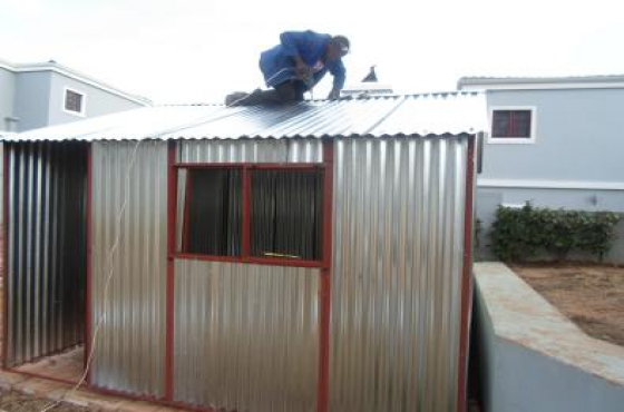 Zozo huts sale in delmas 0782901702 garden huts ermelo for Garden hut sale
