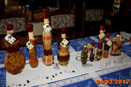8 kitchen decorating display set for sale pretoria east for Kitchen decor durban