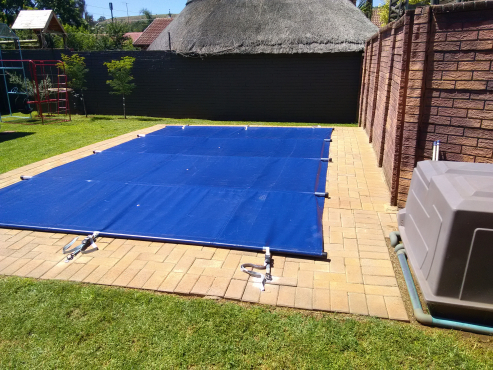 Swimming pool solar bubble covers pvc covers centurion - Intex swimming pool accessories south africa ...