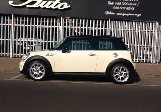 2009 Mini Cooper S F lift Absolutely Stunning