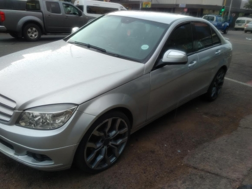 2009 mercedes benz c180 auto for this is a very for Is a mercedes benz a good car