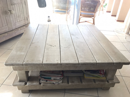 wetherlys coffee table | | lounge furniture | 66267798 | junk mail