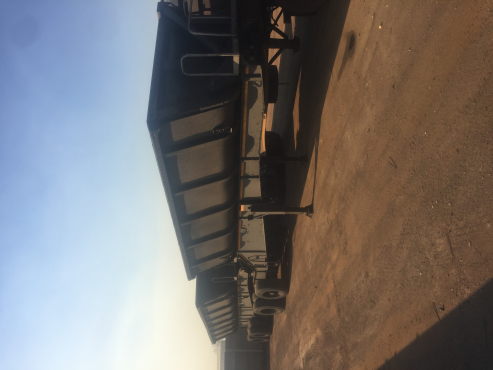 2009 Side Tippers for sale ( 5 to choose from)