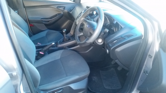 Ford Focus 1.6 Ambient 2013 Model