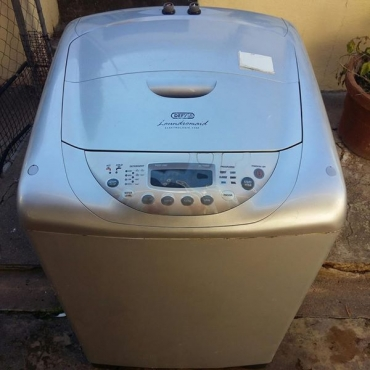 DEFY TOP LOADER LAUNDROMAID ELECTROLIGIC 1300