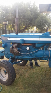 6600 Ford tractor
