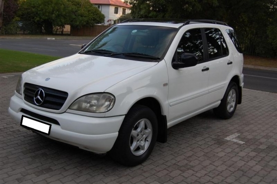 2000 MERCEDES BENZ ML320