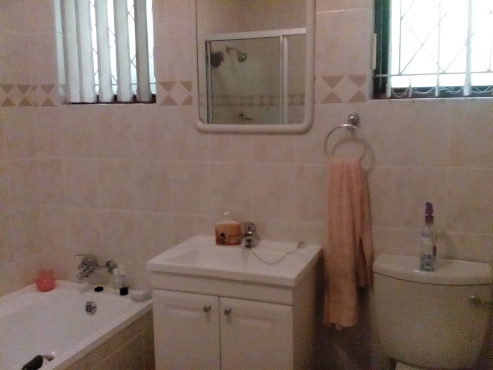 Bathroom Cabinets Kzn 4 bedroom house for sale - kzn | sandton | houses for sale