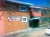 Rosettenville Flat R280000