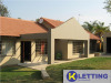 Four Bedroom Home with Staff b