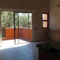 2 bedroomed flat with large ba