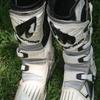 MOTOCROSS BOOTS  EXCELLENT CONDITION - PRICEDTOGO!